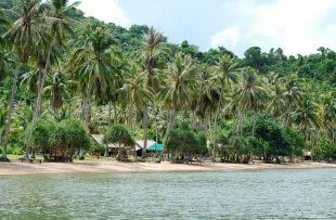 Koh_thonsay_beach